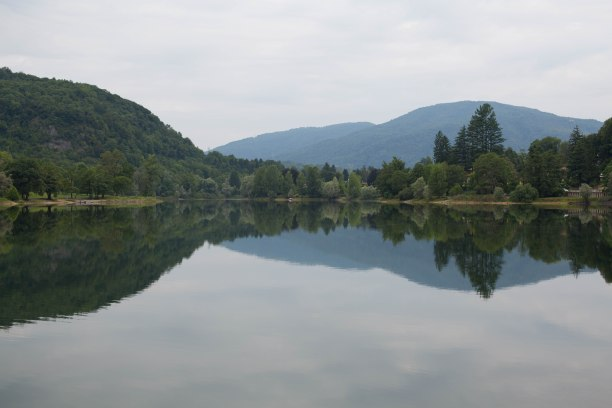 Lake Ghirla 1